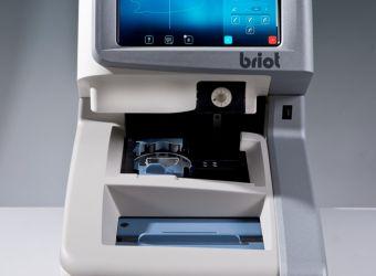 Attitude XL- Tracen, optisches Scannen, Zentrieren mit Wellenfront und Gravurerkennung, automatisches Blocken